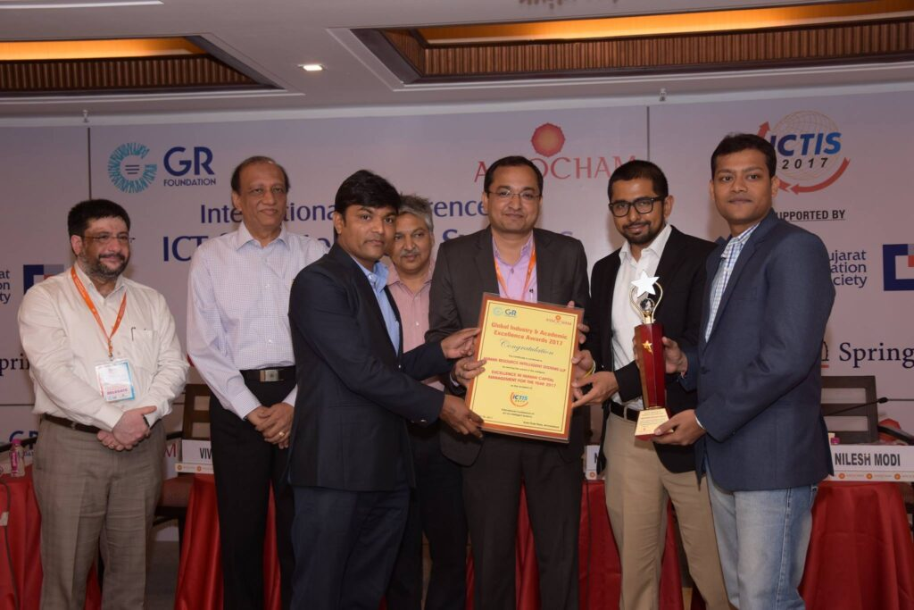 HRiS365 Awarded for Excellence in Human Resource management System-vyapaarjagat.com