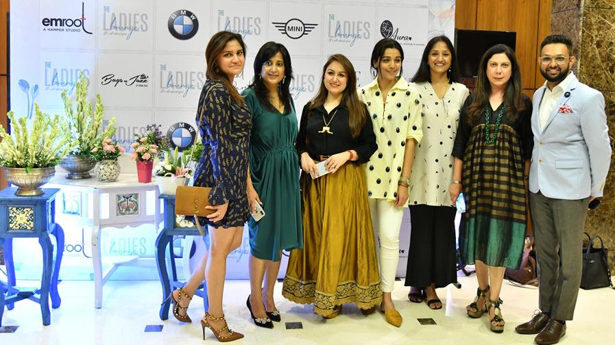 the ladies launge -team-vyapaarjagat